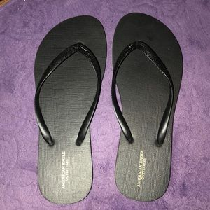 Black Flip Flops (no tags, but BRAND NEW)